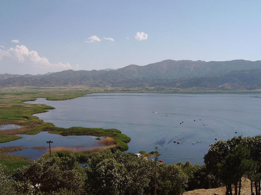 Lake Zerivar