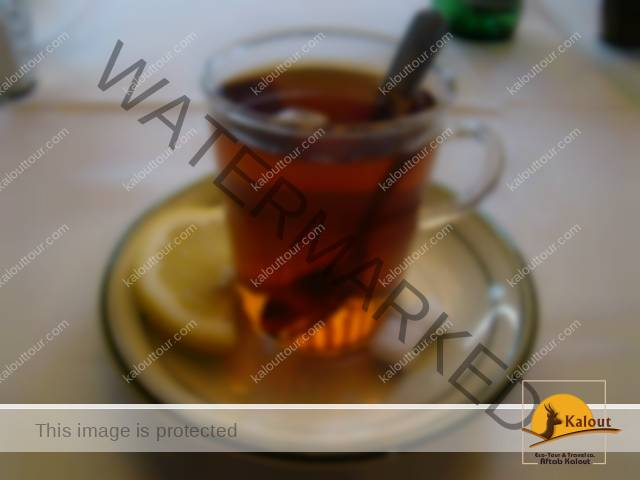 Tea in Iranian Restaurants