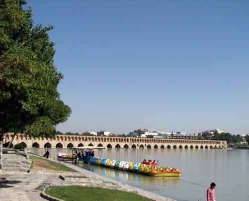 Si-o-Se Pol, a Safavid bridge in Esfehan