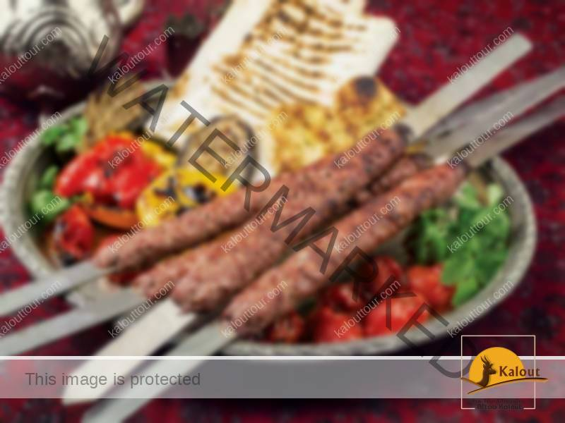 Taste delicious Iranian foods in your travel to Iran